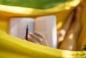 hamac livre crayon